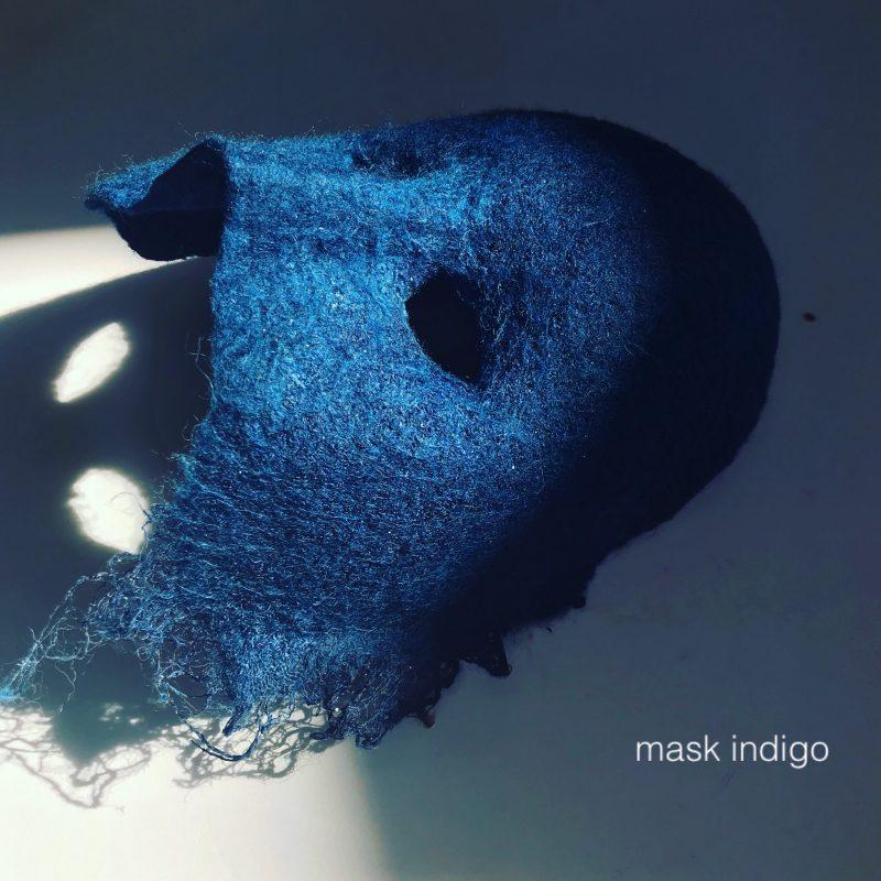 藍染布とフェルトで作った仮面MASK INDIGO